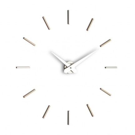 AUREA modern wall clock by Incantesimo design