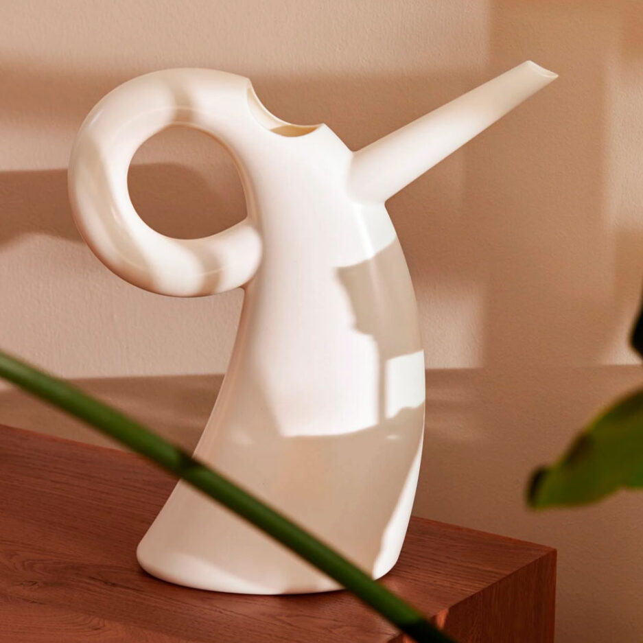 little diva watering can alessi