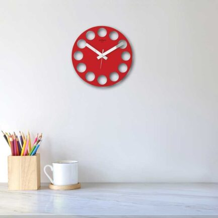 Frameless ROUNDTIME wall clocks by Rexartis in red color