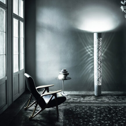 Tress floor lamp by Foscarini in large version and in white color