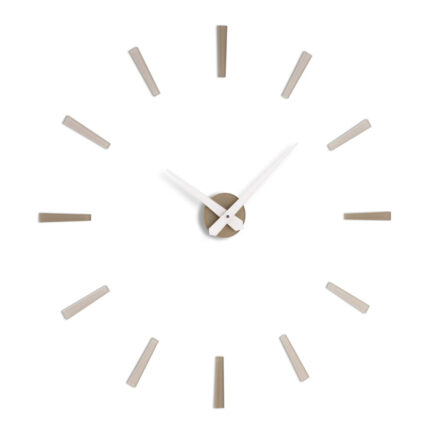Dominus wall clock by Incantesimo with hour markers in three shades of dove gray