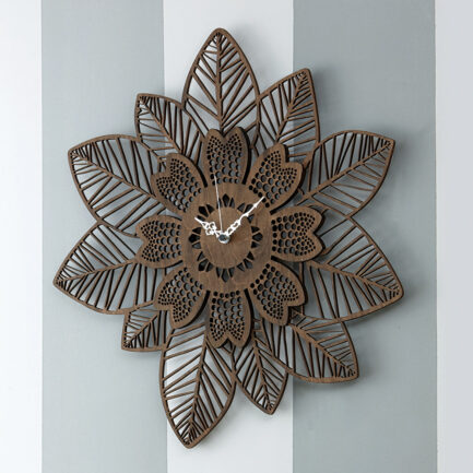 Wall clock in wenge wood Leaves and Flowers made by the company I Dettagli