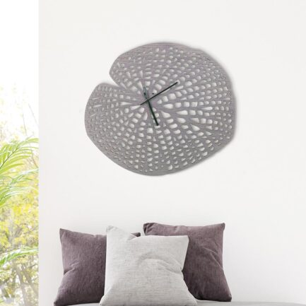 Particular leaf wall clock made by the company I Dettagli in gray wood