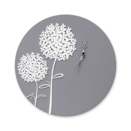 Hydrangea round wall clock from the company I Dettagli with base in gray lacquered wood and white plexiglass flowers